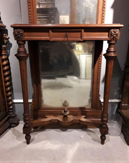 Antique console with mirror