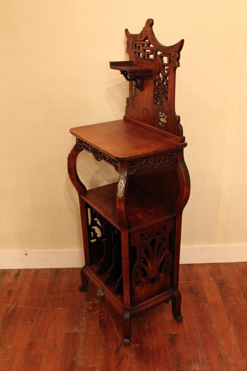 Antique vitrine XIX Century
