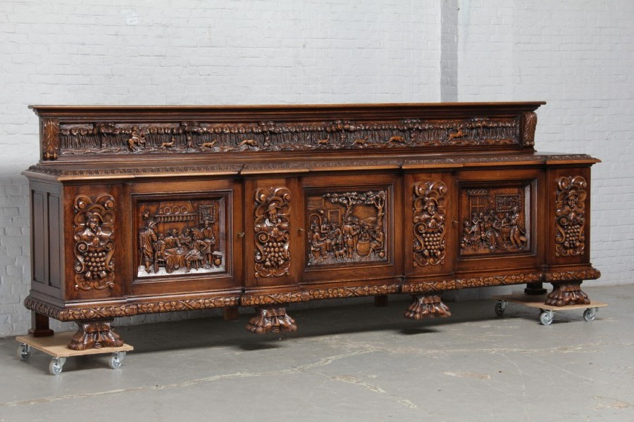 Antique sideboard Breughel