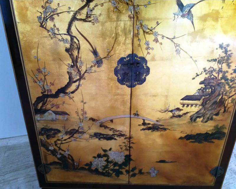 Antique Chinese style cabinet