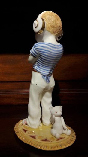 "Figurine ""Aries"""