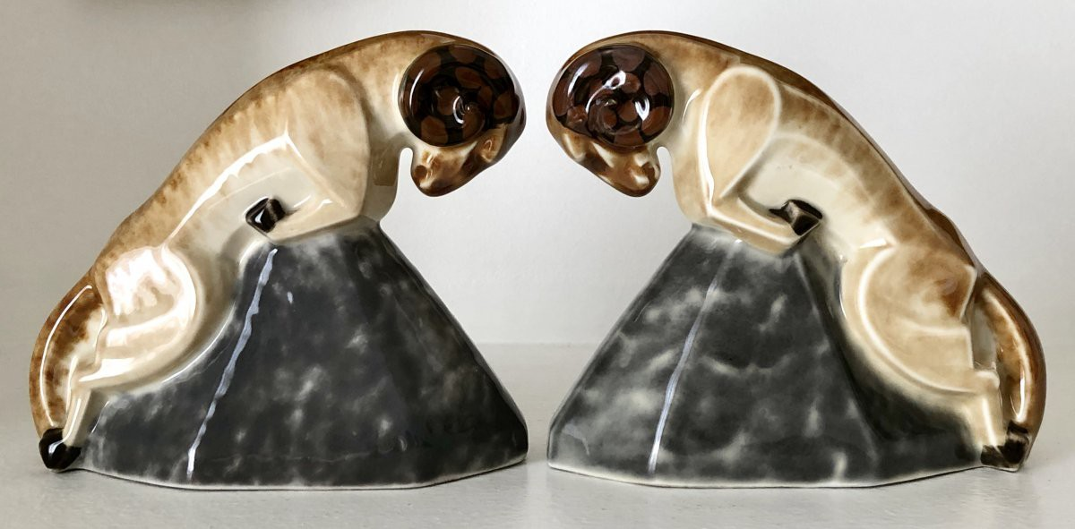 "Bookends ""Aries"""