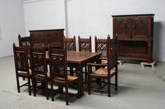 Antique dining room
