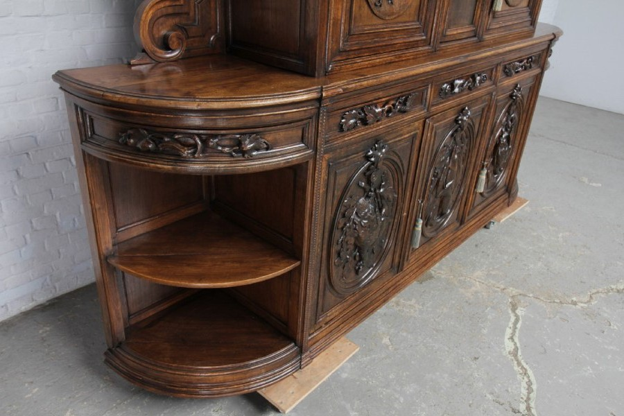 Antique hunting style buffet