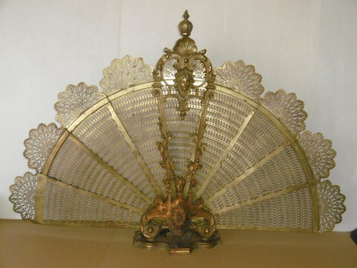 "Antique fireplace screen "" Fan"""