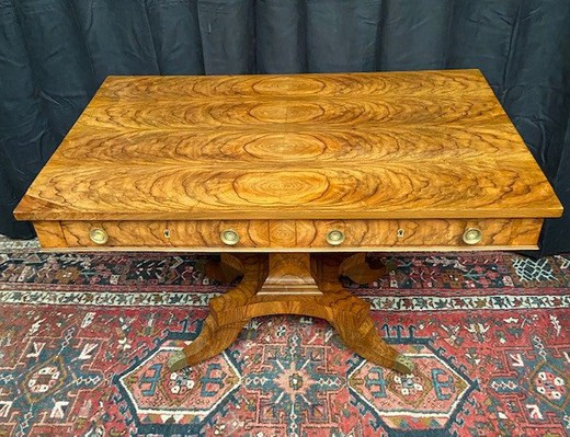 Antique Louis-Philippe table