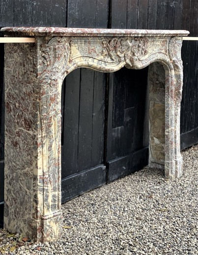 Fireplace portal in the style of Louis XV