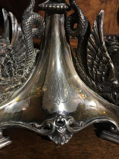 Antique twin lamps