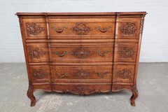 Antique chest of drawers Liege