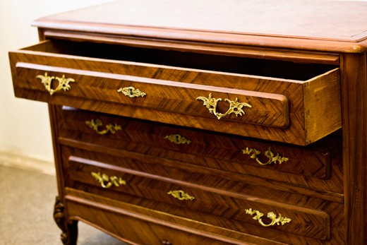 old black rosewood chest of drawers