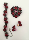 Elsa Schiaparelli Set Red: brooches, bracelets, clips