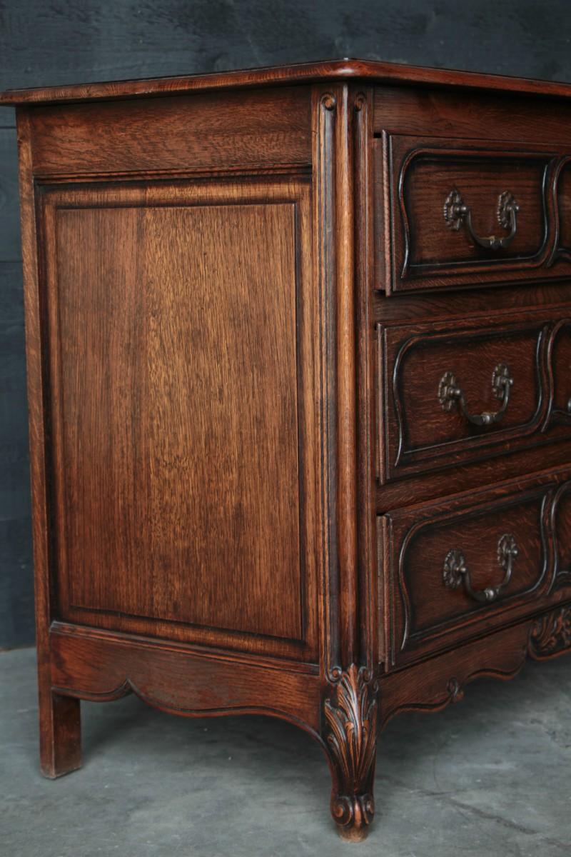 antique oak country chest of drawers