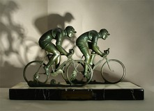 cyclists statuette