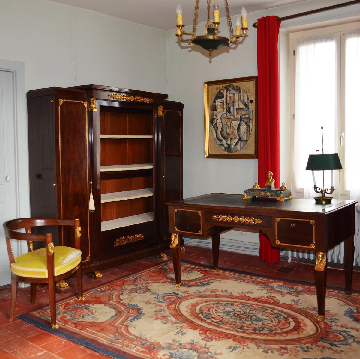 снятием фото квартир с антикварной мебелью фотографиях объясняются симптомы